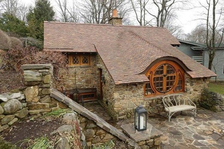 Hobbit Home Back Porch Bench