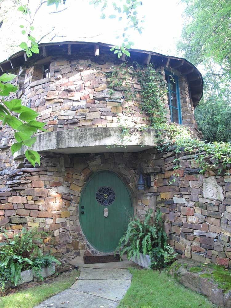 Real Life Hobbit Homes To Make Your Inner Nerd Squeal In