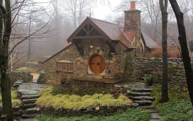 Hobbit Home Misty Brick