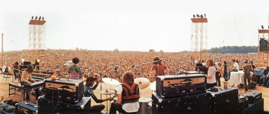 Joe Cocker Plays At Woodstock