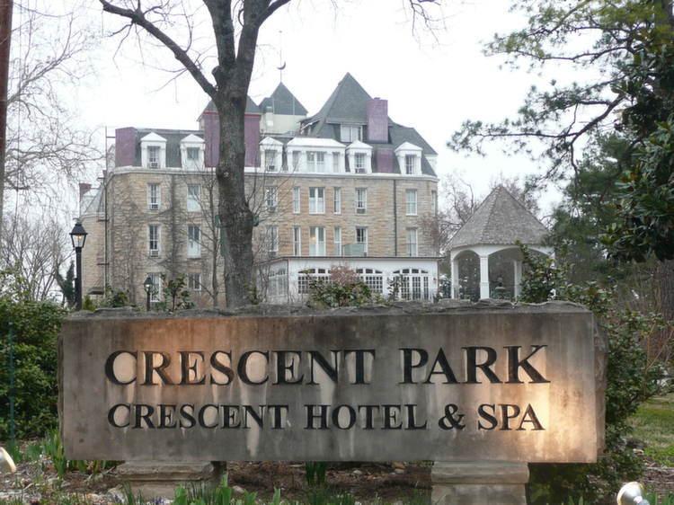 Spookiest Hotels Crescent Today