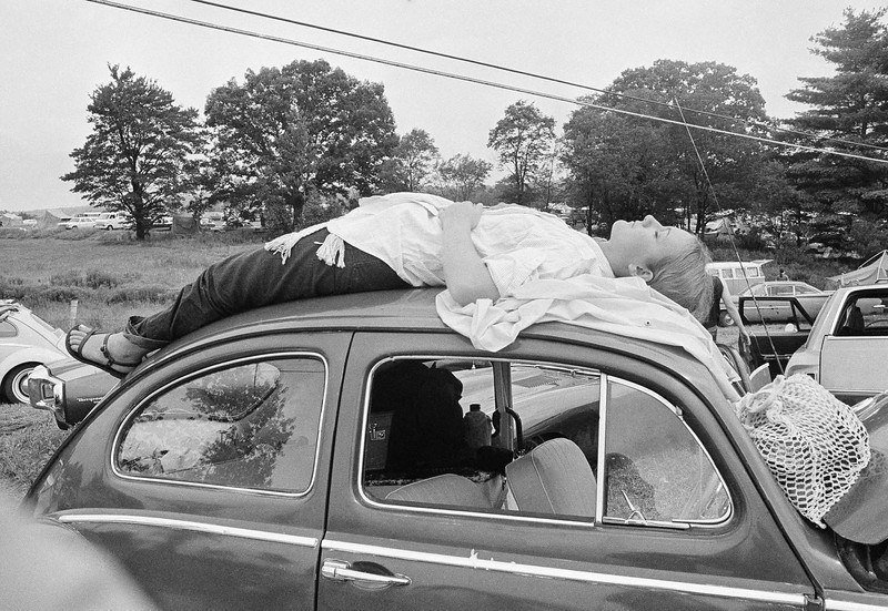 46 Years Ago Today, 500,000 People Descended On A Farm For The Greatest Music Festival Of All Time Waiting-in-traffic