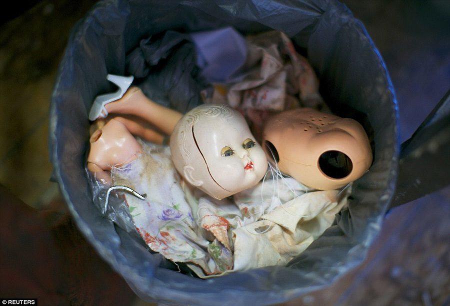 Doll Hospital Trash