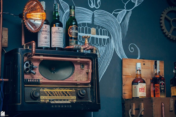 Steampunk Bar Top Shelf Radio