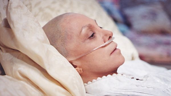 Woman undergoing cancer treatment.