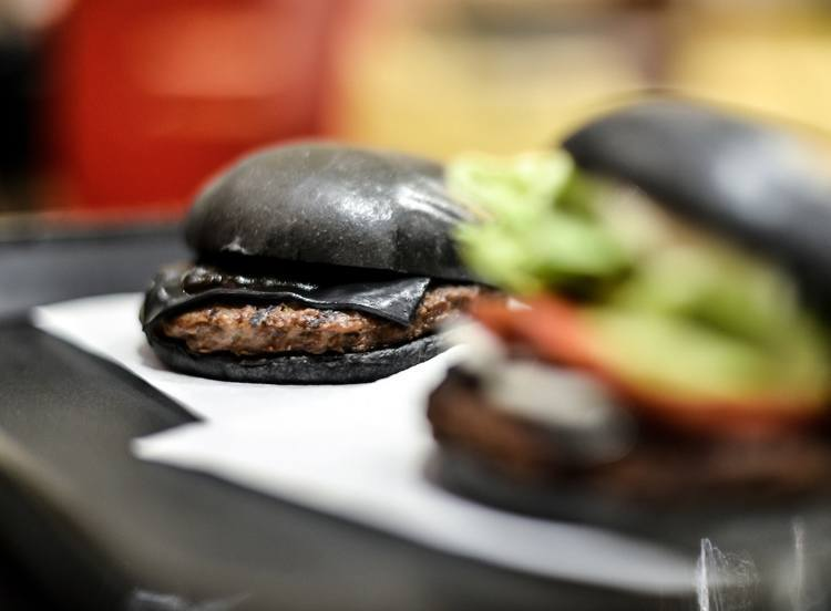 Fast Food Black Burgers