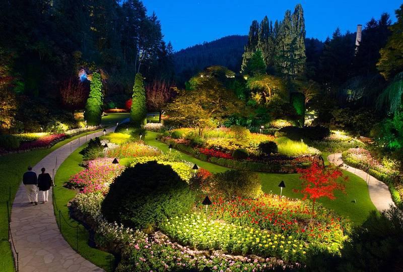 butchart gardens at night - Beautiful Gardens