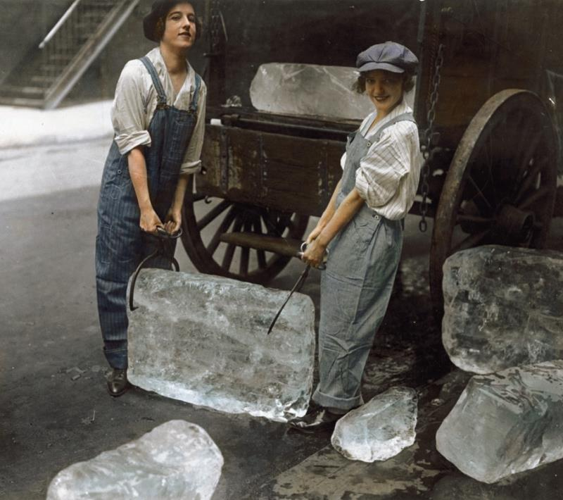 Girls Deliver Ice In 1918