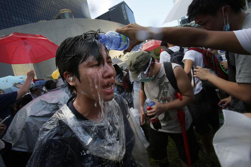 hong-kong-protests-water