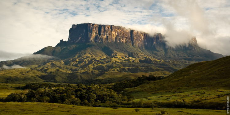 Weird Nature Roraima Far