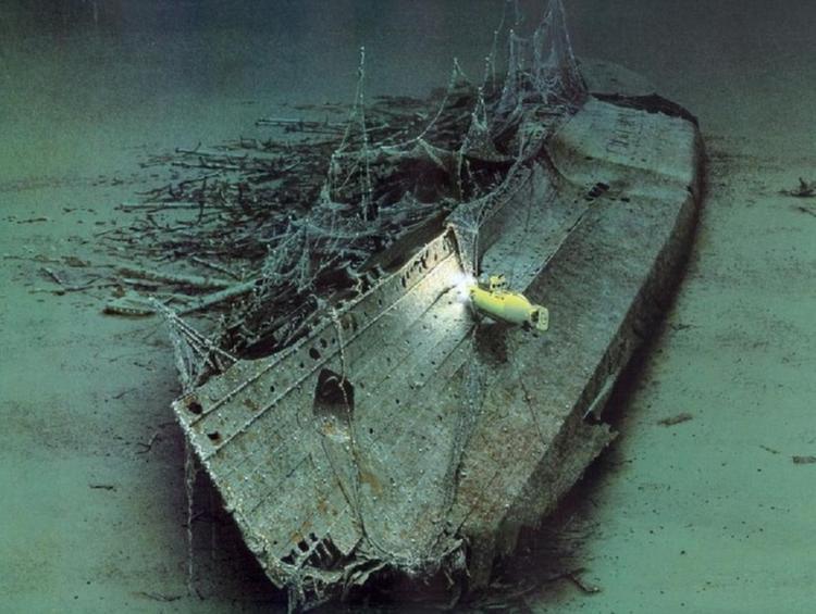Sunken Ships Lusitania Artist