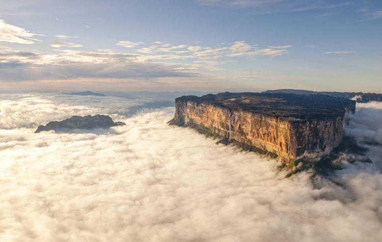 Weirdest Natural Places Mount Roraima