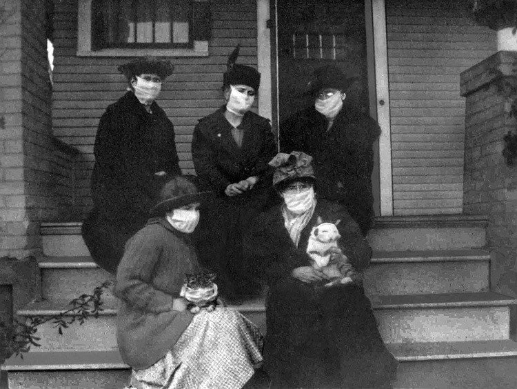 1918 Flu Pandemic Women Group