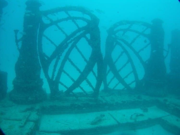 Weirdest Cemeteries Reef Door