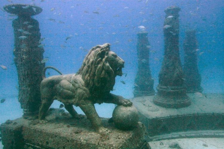 Weirdest Cemeteries Reef Lion