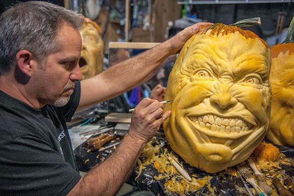 Creepy Pumpkin Carvings Man