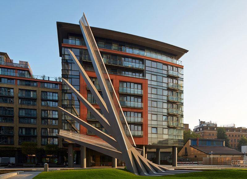 Moving Footbridge in London