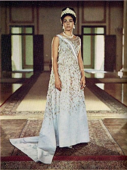 Shah Queen
