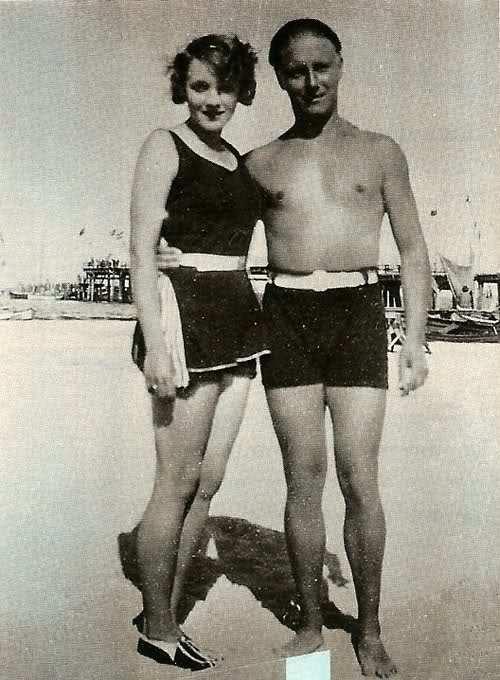 Vintage Hollywood Dietrich
