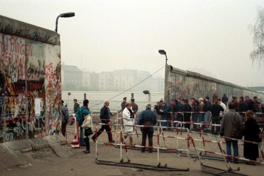 Berlin Wall Walk Through
