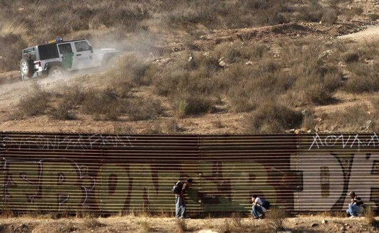 US-Mexico Border Hiding Immigrants
