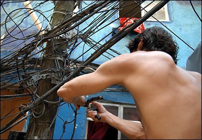 Favelas Electrical Work