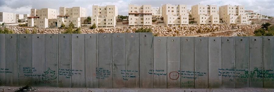 Dividing Walls Settlement