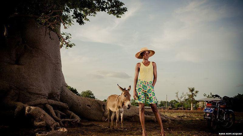 Feminist Man Photographs African Women