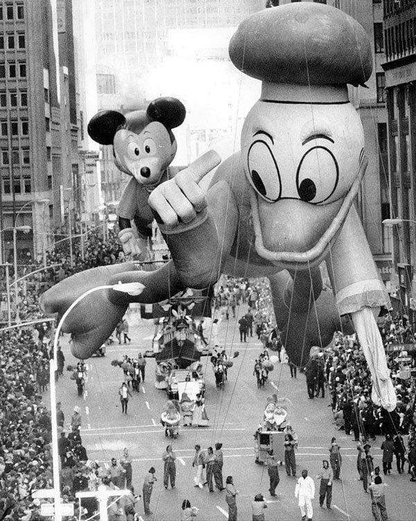 Disney Floats Macy's Thanksgiving Day Parade