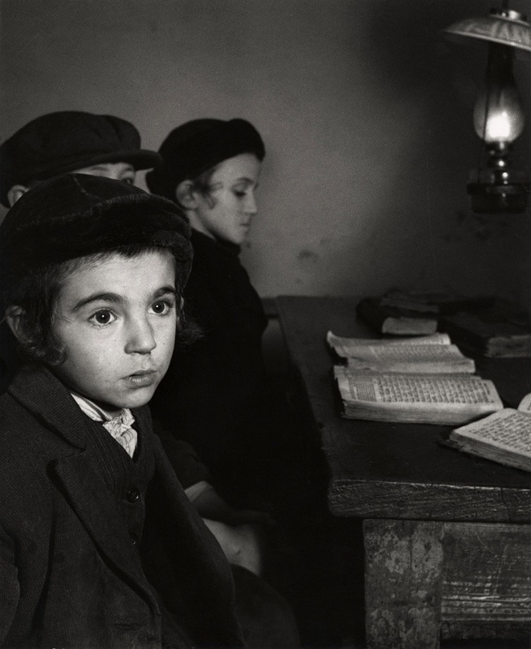 Photographs Of Jews In Europe In The 1930s