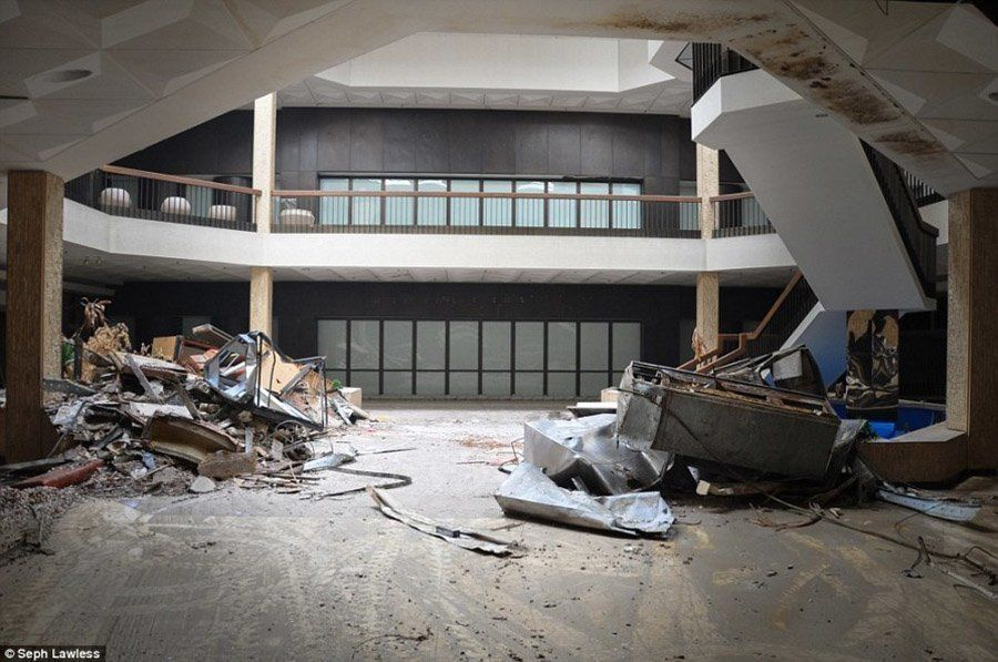 Abandoned Malls Photos