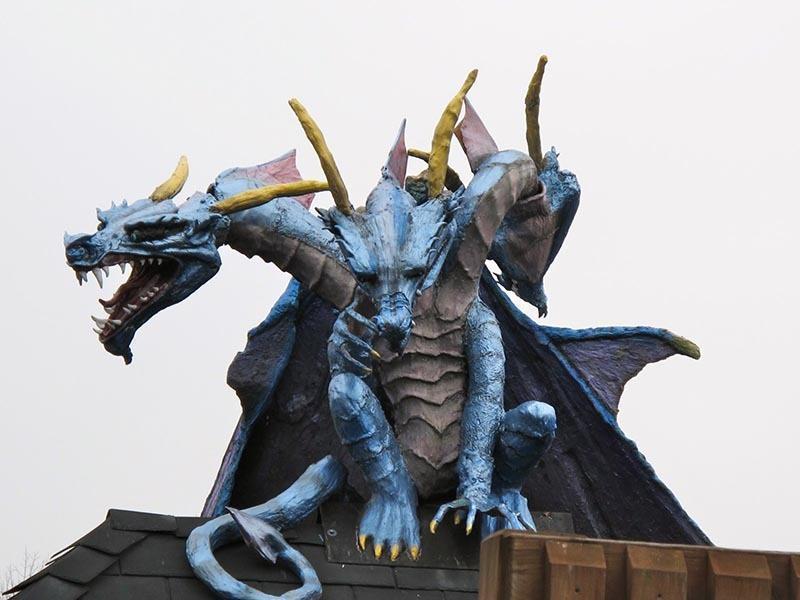 American Kitsch DD Park Dragons