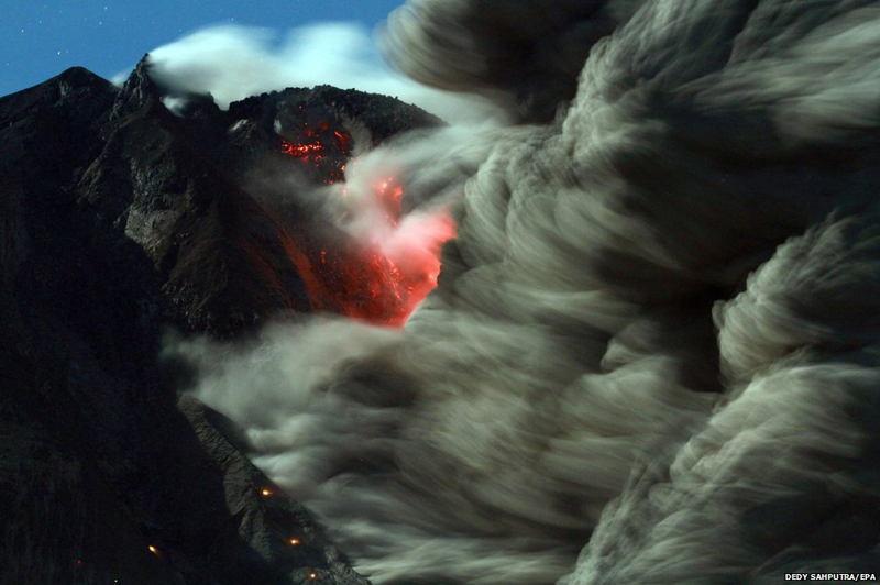 BBC Photos Sumatra Volcano