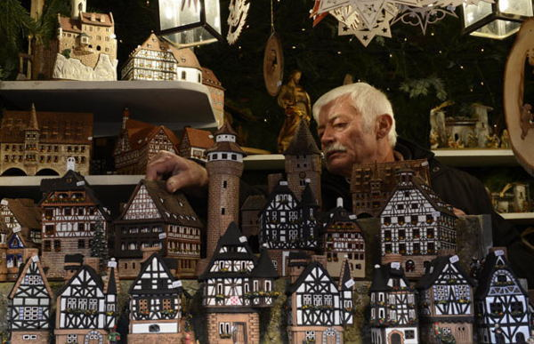 Christmas In Nuremberg Doll Village