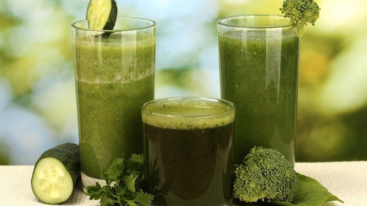 Detox Myth Broccoli Smoothie