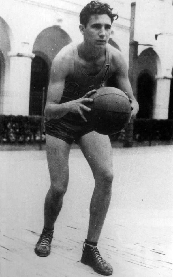 Fidel Castro Basketball 1943
