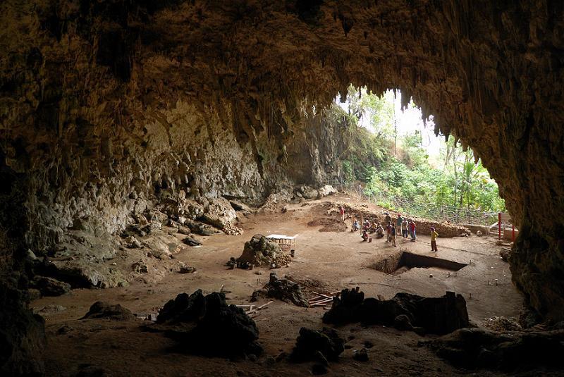 Homo Floresiensis LB Cave