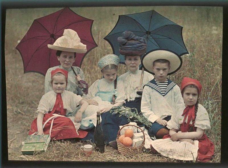 Russia In Color Kosakov Family