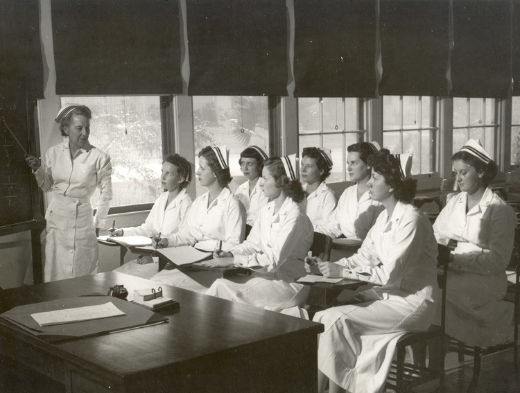 1940's: Young Navy nurses shown in the classroom.