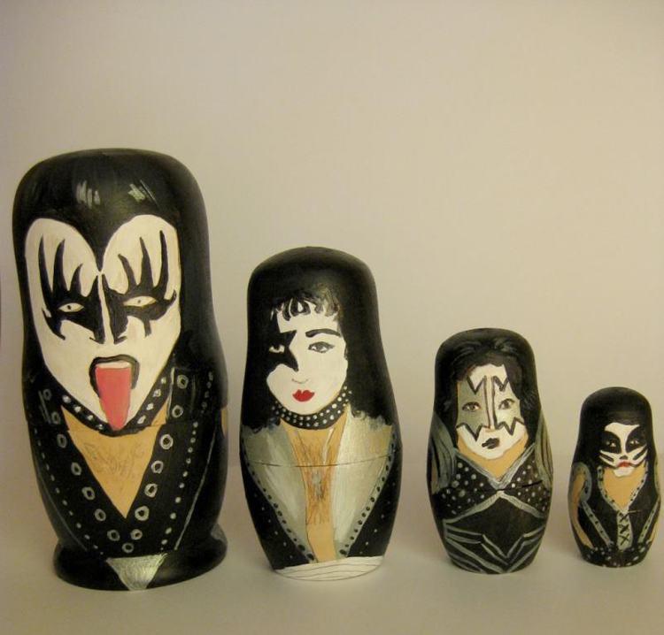 Pop Culture Russian Dolls Kiss