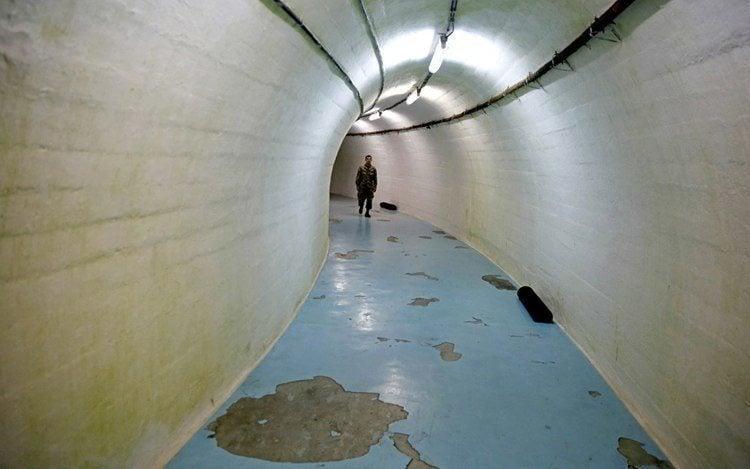 1950s Bunker Long Hall