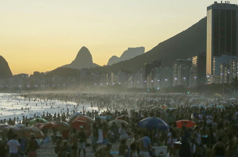 Brazil Heatwaves Ipanema