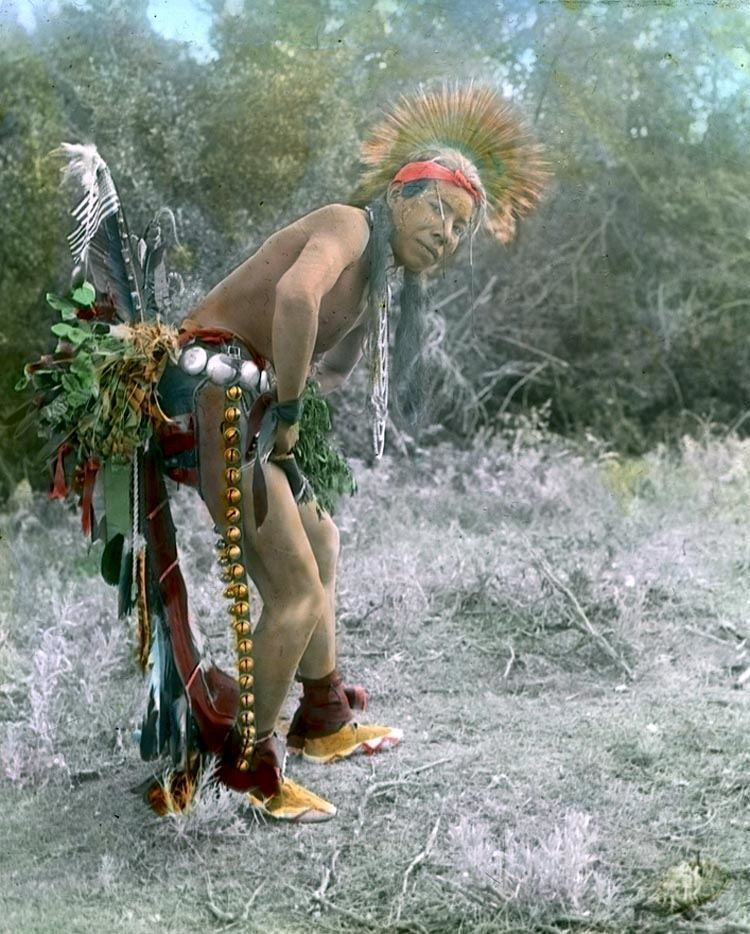 native american photography crow dancer