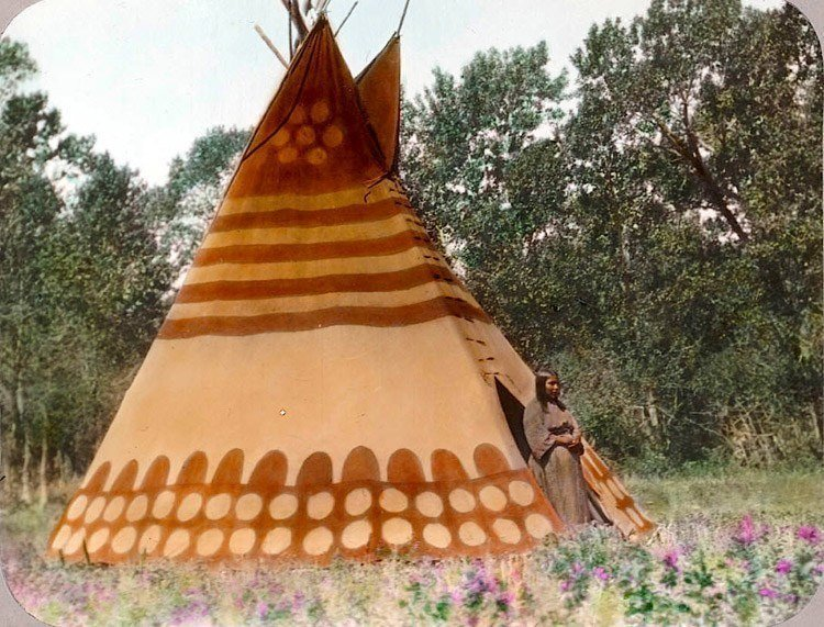 native american thunder tipi