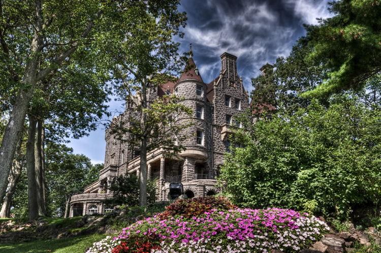 New York Castles Boldt