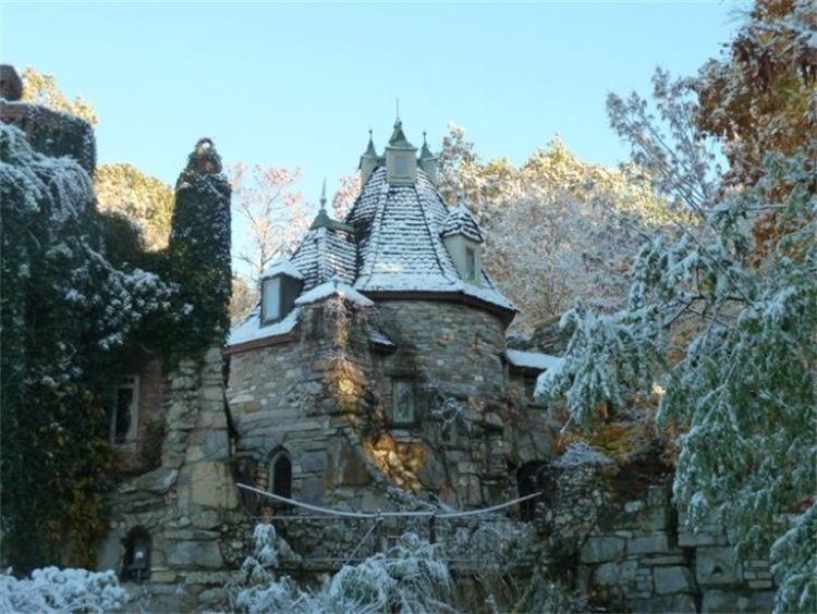 New York Castles Wings Winter