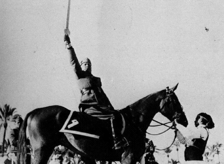 Famous Photoshopped Photos Mussolini Handler