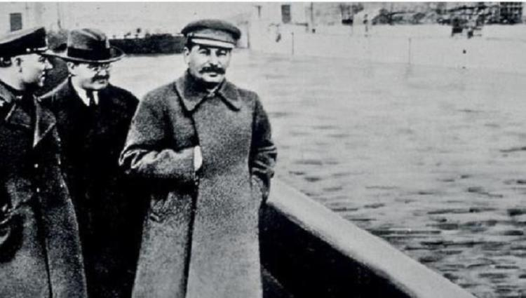 Famous Photoshopped Photos Stalin