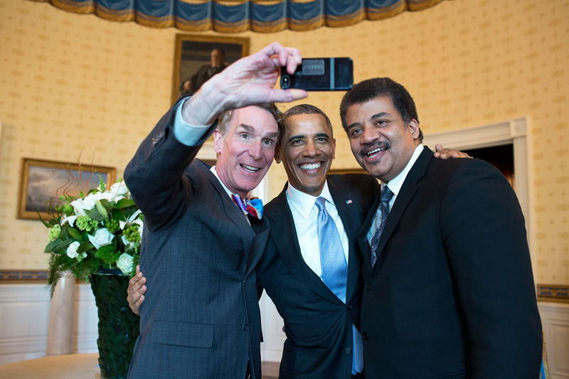 Bill Nye Selfie With Obama