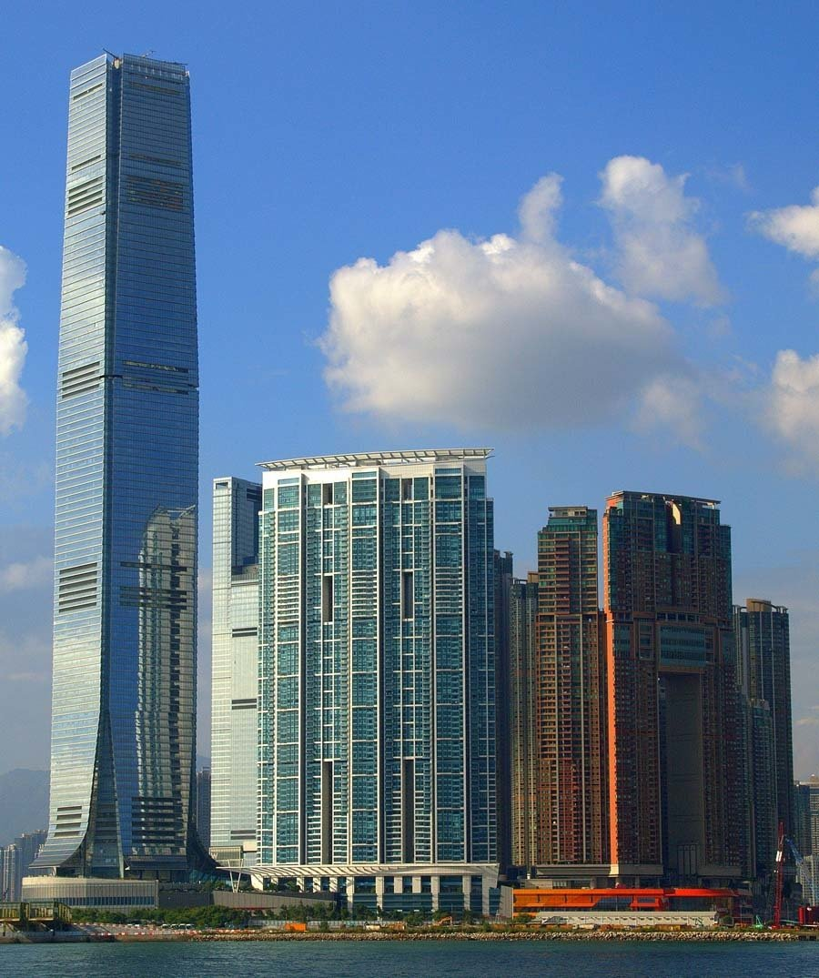 tallest buildings international commerce